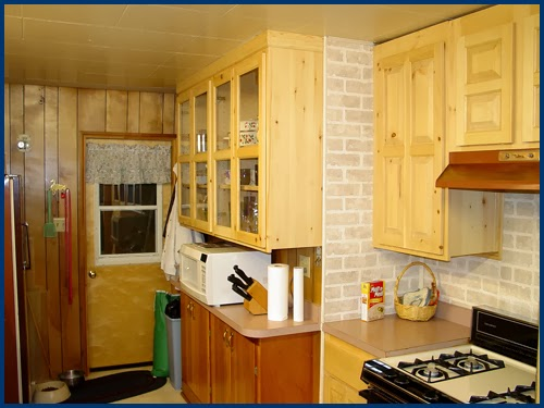 Kitchen Set Faris Wooden Pinewood